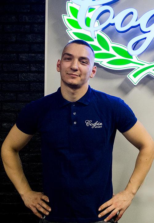 Паша Головань
